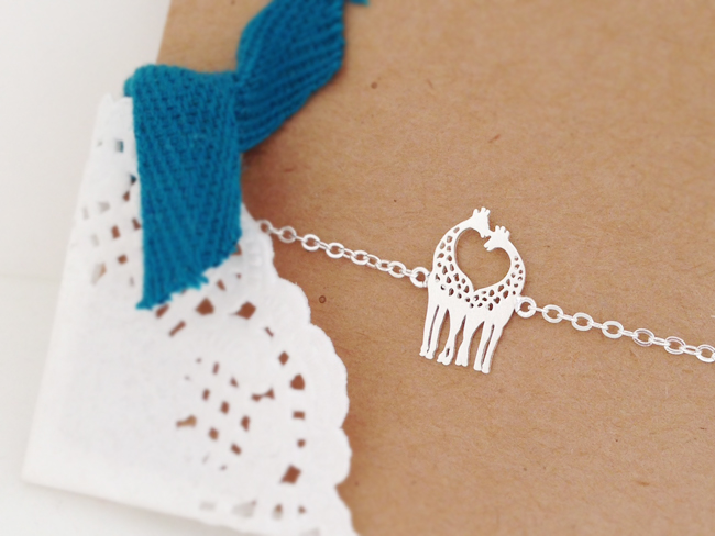 Tiny Love Giraffe Bracelet, Heart Bracelet, Love Bracelet, Couple Bracelet