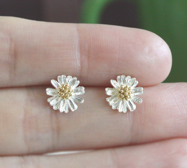 silver shannon munro earrings daisy half