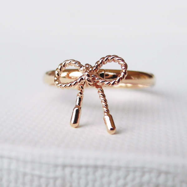 Twisted Bow ring in pink gold, Ribbon tied, knuckle ring in silver, adjustable ring, everyday jewelry, delicate minimal jewelry